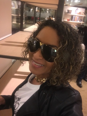 Blogger Queenie in LV Shades