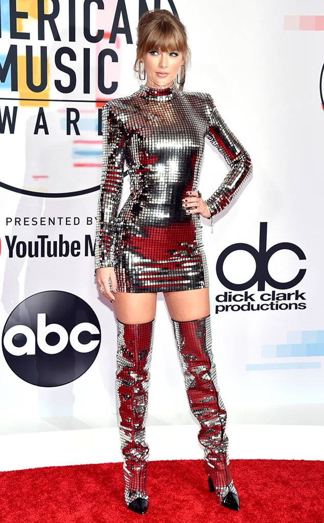 rs_634x1024-181009150513-634-taylor-swift-2018-american-music-awards