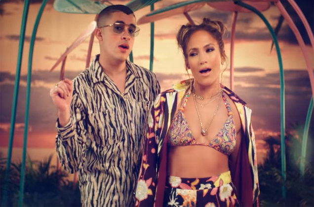 Jennifer Lopez Bad Bunny Turn Up The Heat In New Te Guste Video