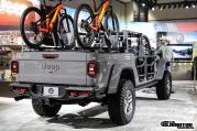 Sting-Gray--Jeep-Gladiator-JT-Pickup-Truck-Mopar-Accessories-LA-Auto-Show-18