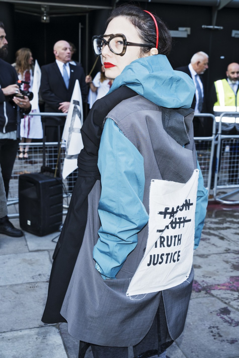 ExtinctionRebellion-LondonFashionWeek-11.jpg
